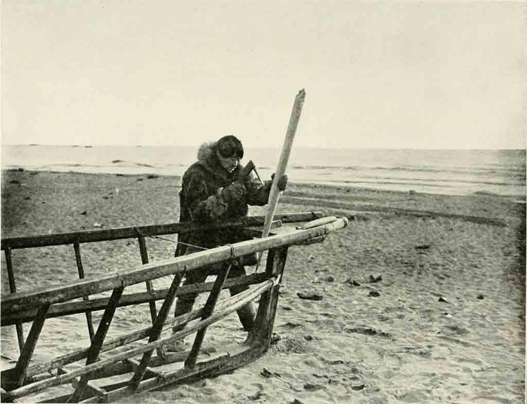 https://commons.wikimedia.org/wiki/File:Native_Alaskan_boat_builder.jpg