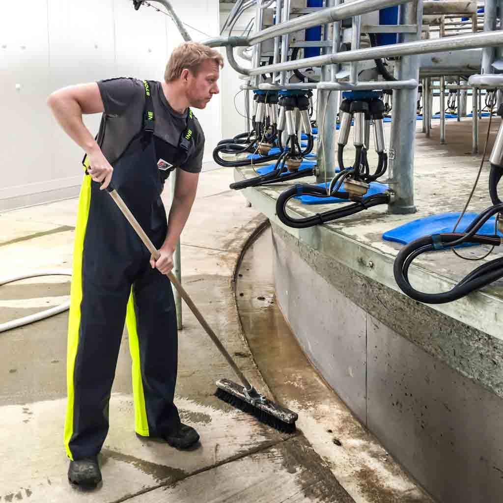 Flexothane vs PVC farming waterproof bib