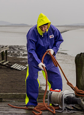 Commercial fishing rainwear trade and wholesale
