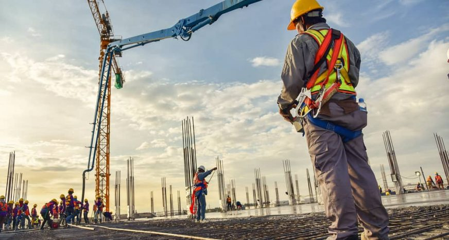 builder wearing construction workwear